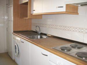 piso-alquiler-2-dormitorios-amueblado-actur-zaragoza-cocina